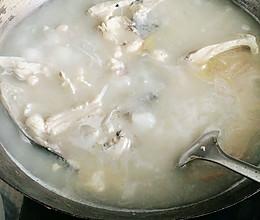 鲢鱼汤(所有鱼汤都可以这么煮,又白又嫩)的做法