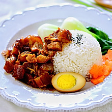 只要一种调料的超简单台湾卤肉饭