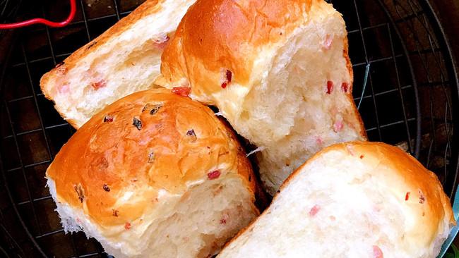 值得收录在烘焙食谱里的面包机吐司~火腿吐司 面包的做法
