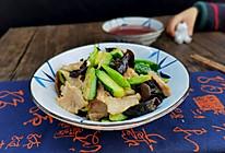 木耳黄瓜炒肉的做法
