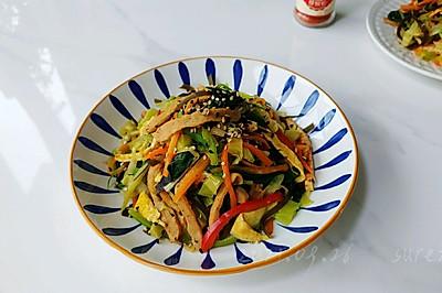 椒香肉拌炒杂菜