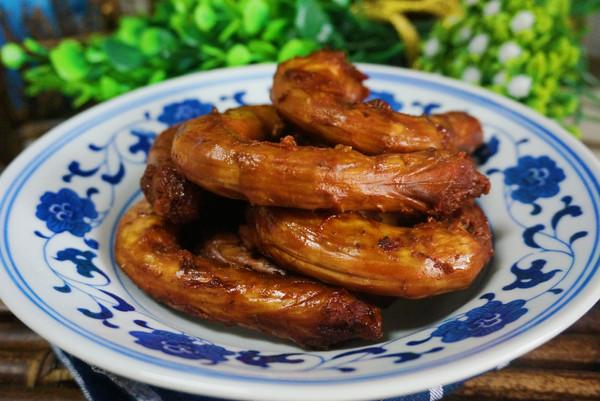 #春天肉菜这样吃#卤鸡脖的做法