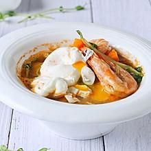 营养健康餐:海鲜味增汤南瓜面