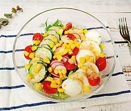 低脂低卡,简单快手的蔬菜沙拉!的做法