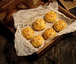 #肉食者联盟#红豆杏仁酥的做法