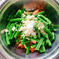 夏日清凉快手菜~凉拌豇豆的做法图解3