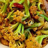 老丁的私房菜-干锅花菜