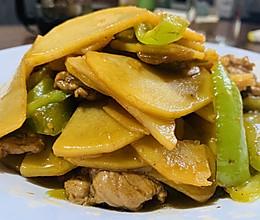 能吃三碗饭的尖椒土豆片的做法
