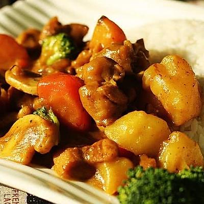咖喱蘑菇鸡腿饭