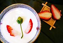 母亲节专场--献给妈妈的草莓优格的做法
