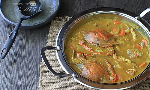 咖喱蟹煲——吃蟹拌饭两不误的做法