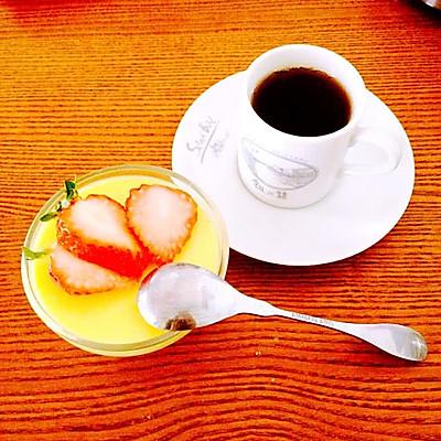 免烤草莓蛋奶布丁