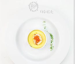 摆盘突出菜肴《煎虾仁鸡蛋羹》的做法