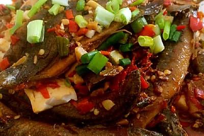 泥鳅烧豆腐