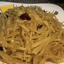 #巨下饭的家常菜#酸辣土豆丝