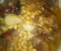 腊鸡烧黄豆的做法