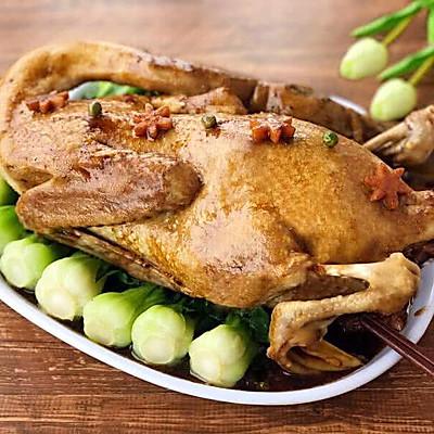广东名菜-菜胆八宝扒鸭