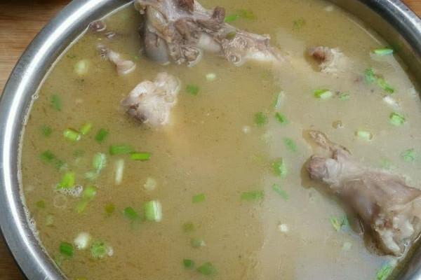 羊骨汤的做法