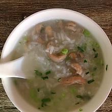 潮汕沙锅粥-沙锅猪肠粥