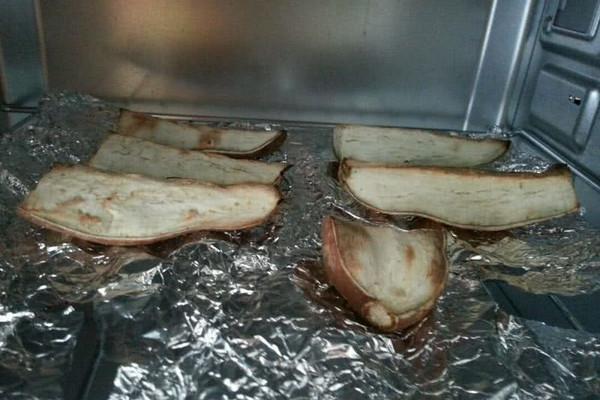 烤箱烤红薯的做法