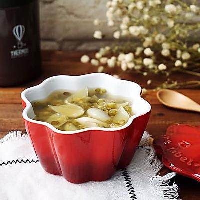 冰糖绿豆百合汤