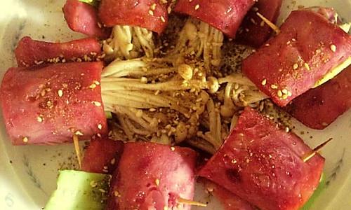 金针菇卷卷的做法
