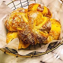 花朵奶黄面包