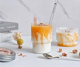 石纹哈密瓜酸奶的做法