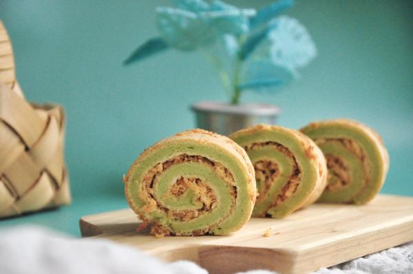 下午茶的一抹绿菠菜肉松卷的做法