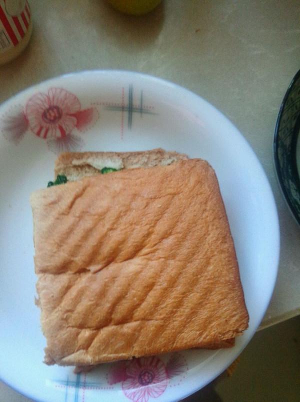 简易三明治简易三明治的做法