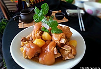土豆焖猪蹄的做法