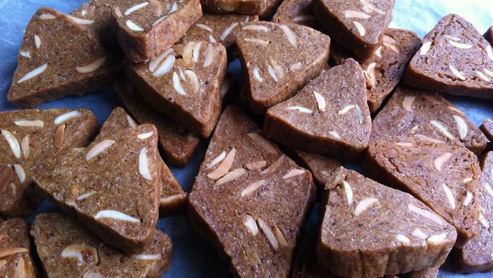 杏仁咖啡酥脆小饼干