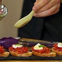 简单快捷!意式烤面包配番茄沙拉的做法图解3