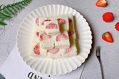 酸甜可口的草莓牛奶小方