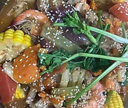 大杂烩有菜有肉有海鲜的做法