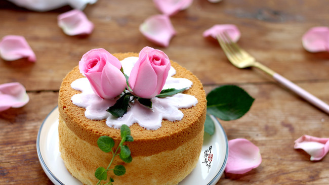 花开富贵酸奶鲜花裸蛋糕的做法