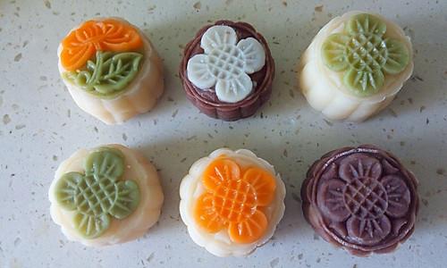 冰皮月饼(附奶黄馅做法)的做法
