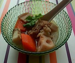 莲藕山药排骨汤的做法