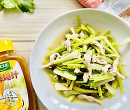 #太太乐鲜鸡汁芝麻香油#芹菜炒肉丝的做法