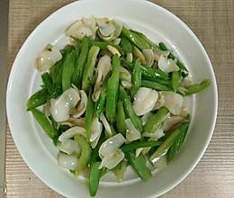芹菜百合的做法