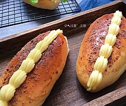 #助力高考营养餐#卡仕达可可酥粒奶油面包的做法