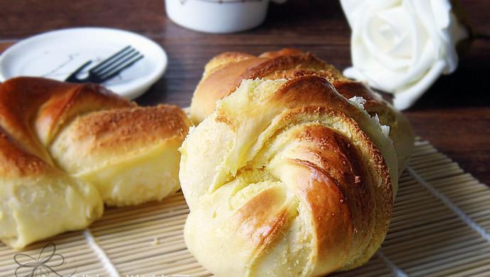 奶香椰蓉面包