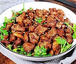比吃肉串过瘾~孜然羊肉粒的做法