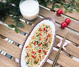 #精品菜谱挑战赛#米椒炝拌三样的做法