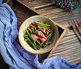 蒜苗炒牛肉片的做法