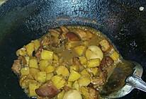 红烧肉焖土豆的做法