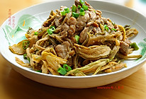 黑胡椒瘦肉炒苦瓜干的做法