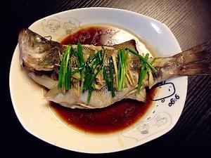 清蒸鲈鱼【图片】