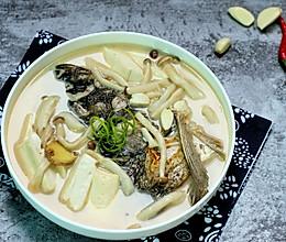 豆腐鱼头汤的做法