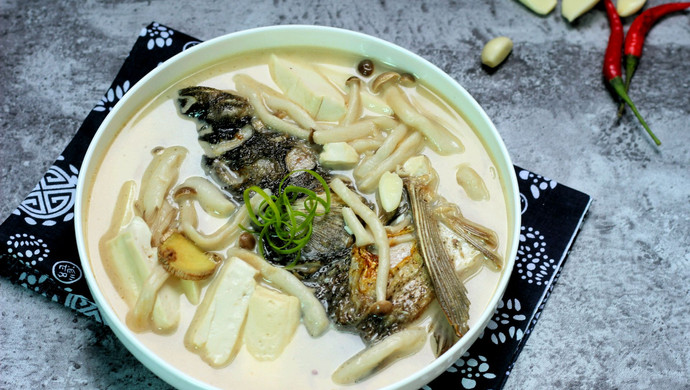 【新品】豆腐鱼头汤
